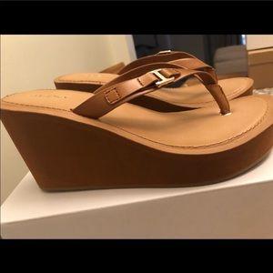 Aldo sandals size 7.5